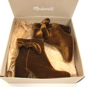 NWT Madewell Bow Boots in Velvet size 6
